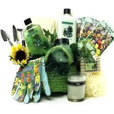 Gardening Basket Gift Ideas Garden Gifts For Garden Gifts For Garden Gifts Ideas