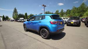 jeep suv blue 2017 jeep compass sport laser blue pearl coat ht672605