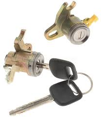 door lock kit left standard dl 168 fits 97 01 toyota camry