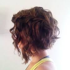 angled curly bob haircut pictures angled bob wavy hair hair color ideas and styles for 2018