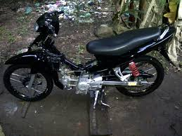 dunia modifikasi motor januari 2014 modifikasi motor jupiter z 2004 airbrush realis aksesories cara modifikasi motor jupiter z 2004 3