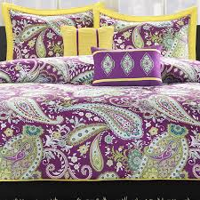 paisley decor by color