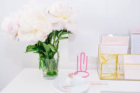 Office Desk Flowers by Feminine Office Accessories 25 Best Ideas About Desk Accessories