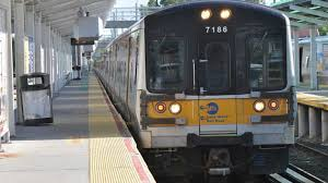 lirr service on or to schedule with vehicles tracks