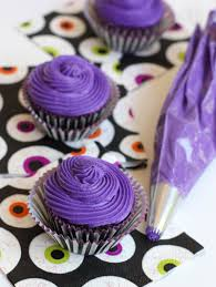 silly monster halloween cupcakes pizzazzerie