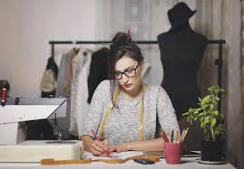 how to become a fashion designer 10 skills you need - Fashion Designer