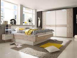 schlafzimmer in weiãÿ funvit ideen aus altholz