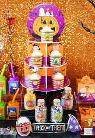 charlie brown halloween decorations great pumpkin 481 best kids party ideas images on pinterest birthday party