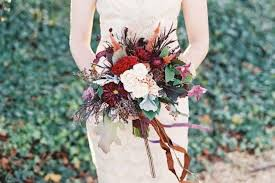 wedding flowers autumn 25 stunningly gorgeous fall bouquets for autumn brides