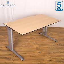 Height Adjustable Desks Uk by Maple 1400x800 Height Adjustable Desk