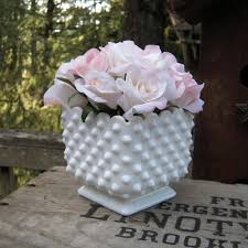 Milk Vases For Centerpieces by 380 Best Images About Milk Glass On Pinterest Vintage Avon