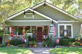 dallas green exterior paint craftsman with halloween decorations
