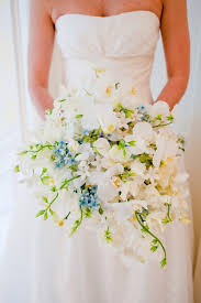 Cascading Bouquet Wedding Wednesday Shower Cascading Trailing Or Waterfall