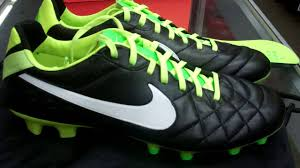 Nike Tiempo Legend Iv nike tiempo legend iv fg acc unboxing and review