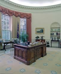 reagan oval office white house oval office president ronald reagan