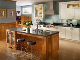 kraftmaid kitchen islands 37 best kraftmaid cabinetry images on kitchen ideas