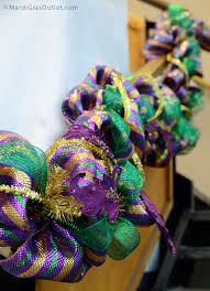 mardi gras outlet deco mesh party ideas by mardi gras outlet mardi gras garland tutorial deco
