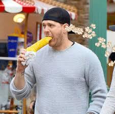 Michael Buble Meme - social media slams singer michael bublé for eating corn on the cob