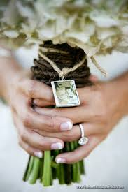 in loving memory charms in loving memory tie a picture of my and i to the bouquet
