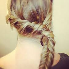 cute homeco g hairstyle for medium length hair prom hair easy updo