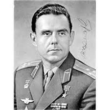 vladimir komarov d 1967 russian cosmonaut killed on the flight