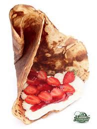 cuisine chantilly la cuisine de bernard crêpes croustillantes aux fraises et chantilly