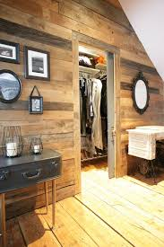 mur de chambre en bois barn wood is all the rage mur design