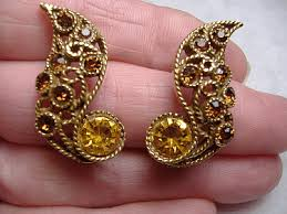 clip on earrings s vintage costume earrings gold topaz filigree clip earrings