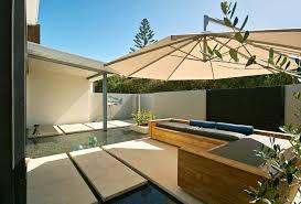 Diy Backyard Shade Cantilever Umbrella In Patio Beach Style With Shade Patio