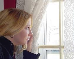 How To Hang Sheers And Curtains How To Install Sheer Curtains Under Drapes Hunker