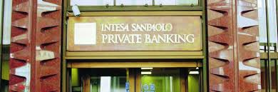 intesa banking intesa sanpaolo banking aumentano raccolta e clienti