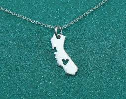 state shaped gifts wholesale 2016 gifts for women necklace with heart