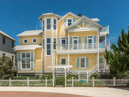 a 3 min walk to the ocean yellow jasmine featured in coastal