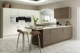 cuisine brun et blanc tabouret de bar bois et blanc tabouret de bar bois et blanc