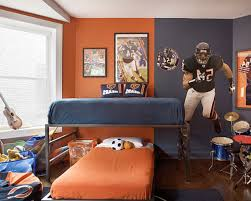 sporty american fottbal themed room decor ideas for teenage boys