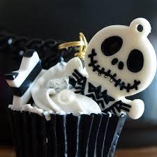 Halloween Skeleton Cupcakes by Jack Skeleton Cupcakes