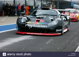 Porsche 911 Gt1 - a porsche 911 gt1 evo in the pit lane during a demonstration