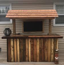 outdoor pallet bar diy palletbar palletwood tikibar backyard