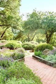Pretty Garden Ideas Pretty Landscape Ideas Use Shrubs Garden State Parkway Traffic