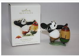 hallmark 2009 ornament an unlikely kung fu panda ornament qxi1335