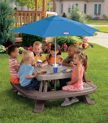 little tikes easy store picnic table amazon com little tikes fold n store picnic table with market