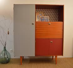 armoire vintage chambre armoire secrétaire vintage au design scandinave entièrement