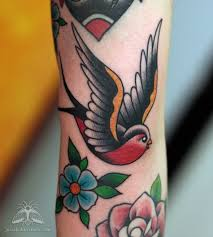 best 25 traditional swallow tattoo ideas on pinterest swallow