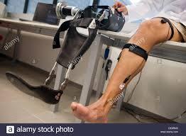 muskelschwäche biomechanik forscher entwickeln exoskelett für menschen mit