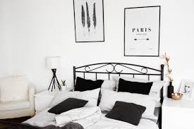 Schlafzimmer Ecke Dekorieren Homestory Schlafzimmer Einrichtung Mein Bett Bezaubernde Nana