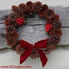 pine cone wreath easy christmas pinecone wreaths