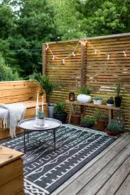 Tall Deck Chairs And Table by Best 25 Small Patio Ideas On Pinterest Small Terrace Patio