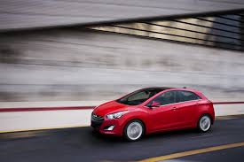 2013 hyundai elantra gt car reviews at carhub