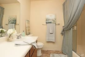 2 Bedroom Apartments Fresno Ca by Creekside Apartments Fresno Ca Apartment Finder