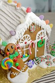 buzz gingerbread house decorating classes around the line